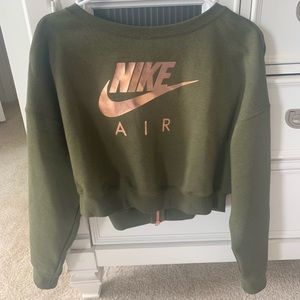 Nike cropped sweatshirt - army green